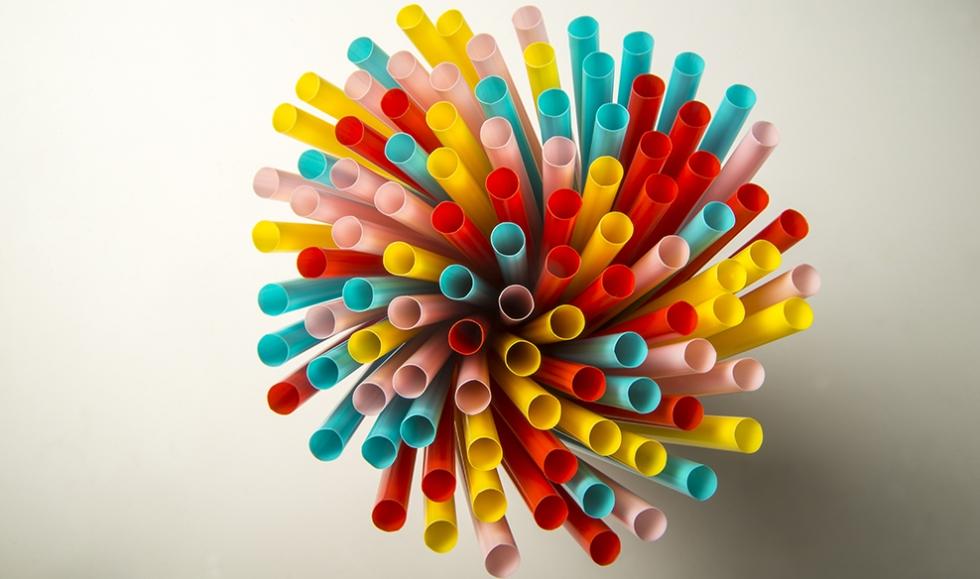 Коктейлни сламки цветни х 1000