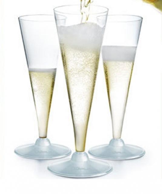 Чаши шампанско - Flutes